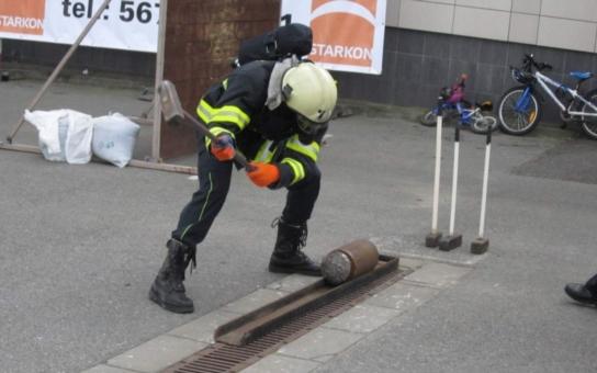 V Telči opět změří síly nejodolnější hasiči. Na adrenalinovou akci zamíří i senátor Miloš Vystrčil, který organizaci závodu finančně podpořil