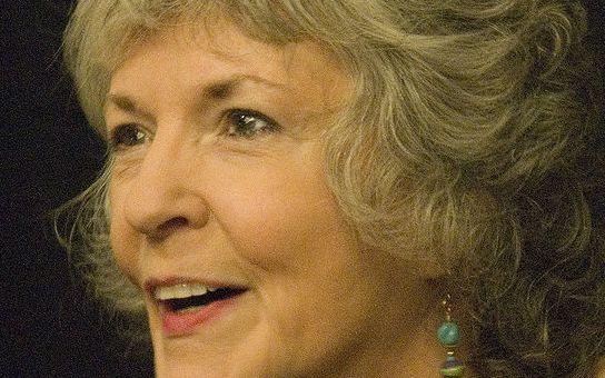 RECENZE Sue Graftonová pomalu uzavírá svou smrtelnou abecedu. Tentokrát písmenem X