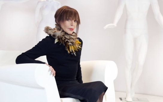 Obávaná módní kritička Blesku Františka musela v dětství oblékat obnošené šaty od sociální péče. V slzách vylíčila svůj pohnutý život: Otec alkoholik vše propil, přišla o syna, kterého jí sebral exmanžel