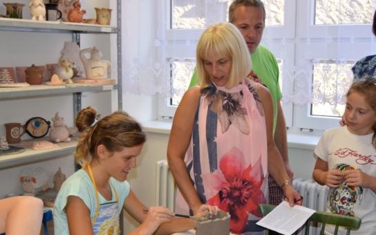 Nová keramická dílna v Čáslavi slouží dětem: Nové prostory umožní činnost hned jedenácti kroužkům keramiky pro děti a mladé lidi různého věku, od těch nejmenších až po středoškoláky