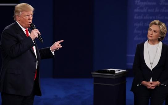 Nejodpornější předvolební debata v dějinách; došlo i na sex a vulgarity. V kontrastu s tím příšerná nuda plná frází. Proč u nás vyhráli obvinění kandidáti?