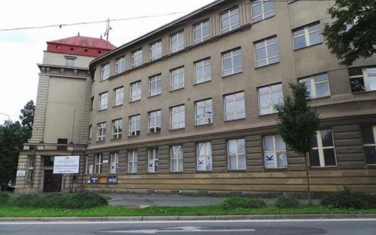 Němčina je v Plzni opět na vzestupu, po osmi letech se vrací na největší strojařskou střední školu v kraji. Kurzy budou realizovány mimo jiné i díky finanční podpoře německých investorů