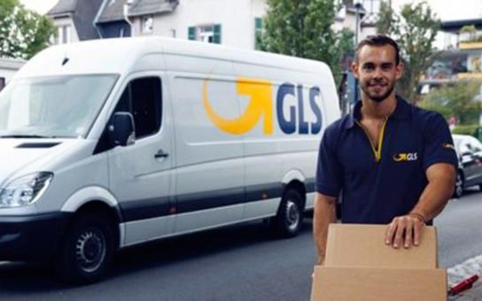 Nová služba e-Balík ušetří při odesílání zásilek čas i peníze. Vše je jednoduché a přehledné