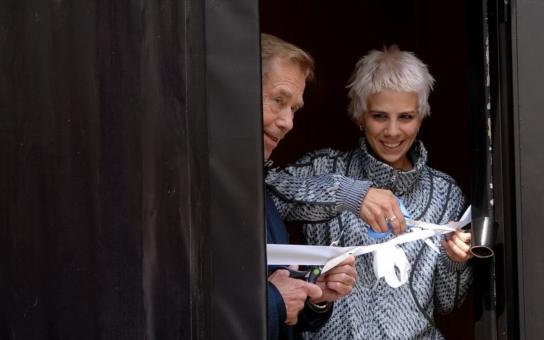 Michal Horáček vzpomínal na Václava Havla a prozradil, že měl rád Anetu Langerovou, Žantovský zase tvrdil, že Havel měl jako jeden z mála našich politiků smysl pro humor. Ale ta největší absurdita...