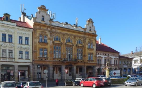V Královéhradeckém kraji letos přibylo dvanáct kulturních památek. Mimo jiné hotel, rudný důl či africké safari