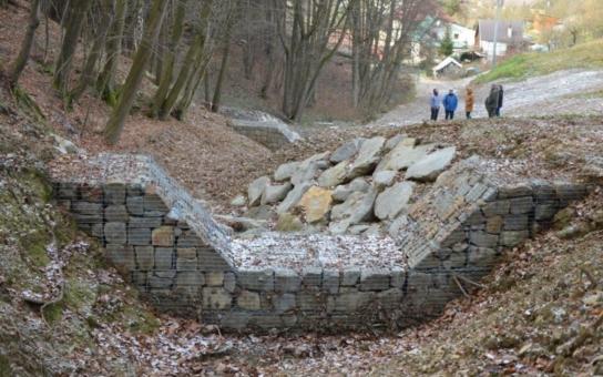 Na Zlínsku postavily Lesy ČR dva protipovodňové objekty. Chrání obce na Hvozdenském a Vysokopolském potoce