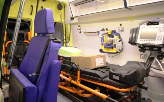 Záchranku posílili o nové super sanitky. Ode dneška jsou v ostrém provozu. A teď by to chtělo ještě fajnové zázemí pro posádky...