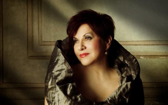 Afektovaný a arogantní svět opery... To neřekla popová zpěvačka, ale sama slavná operní diva. Co prozradila o zákulisí?