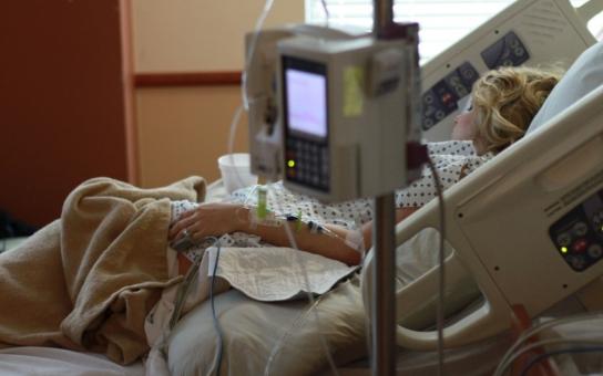 Zdravotní sestry se budou mít lépe. Královéhradecký kraj dostane skoro 17 milionů na navýšení jejich platů