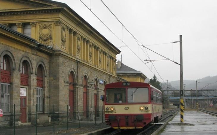 Historická budova nádraží Rakouské severozápadní dráhy v Děčíně znovu ožije. Promění se ve vzdělávací centrum