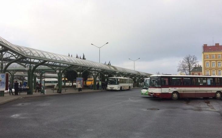 V Libereckém kraji ve čtvrtek autobusy pojedou, stávka řidičů nebude. Někteří řidiči připojí symbolicky, třeba reflexní vestou