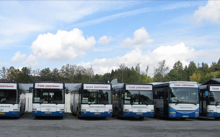 Stávku řidičů se podařilo na jihu Čech zažehnat. Dopravci se budou na navýšení mezd podílet jednou třetinou