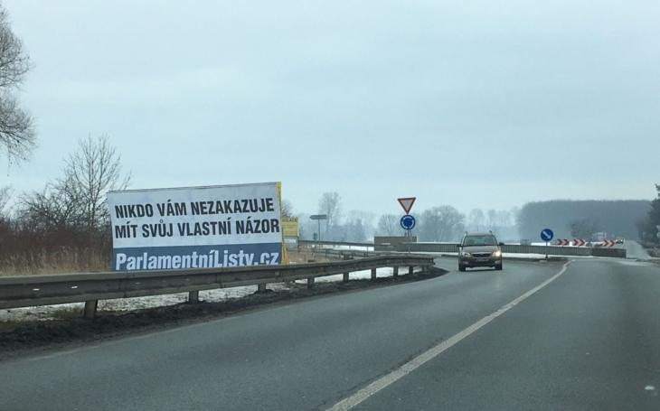 Atentáty v Evropě řídí cyklisté z Prahy a Parlamentní listy prý publikují nesmysly. Jak jsem omylem zhatila expertům na média rafinovaný plán