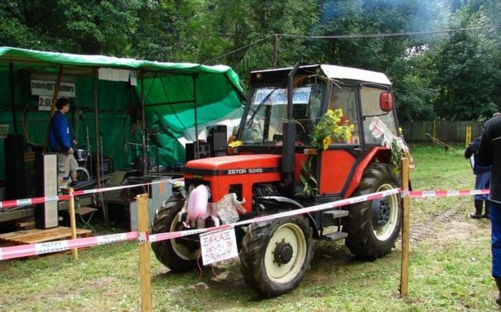 V Opavě budou soutěžit v jízdě zručnosti mladí traktoristé. Nejlepší postoupí na mistrovství republiky