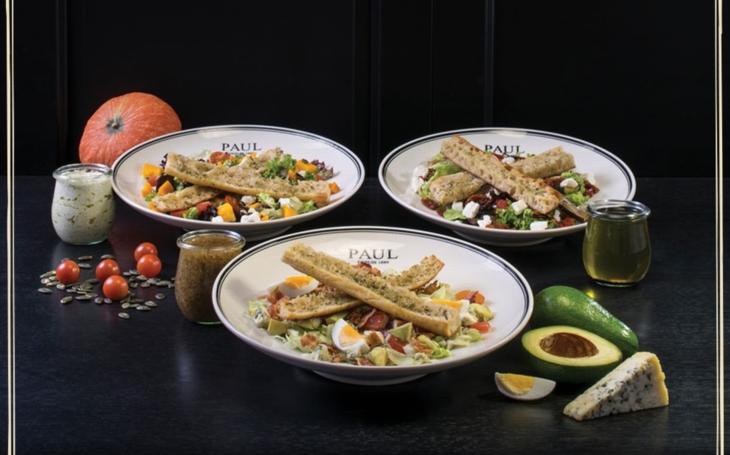 S blížícím se létem přicházejí stále častěji ke slovu lahodné saláty. Nenechte si ujít novinky francouzského pekařství PAUL
