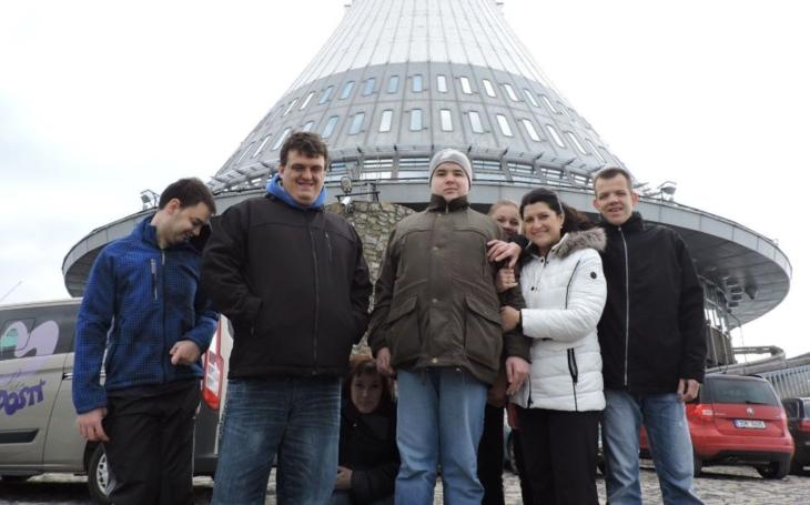 Sportovní klub pro handicapované osoby SK Linie radosti Frýdek-Místek se zúčastnil akce XXVII. ročník MČR v plavání