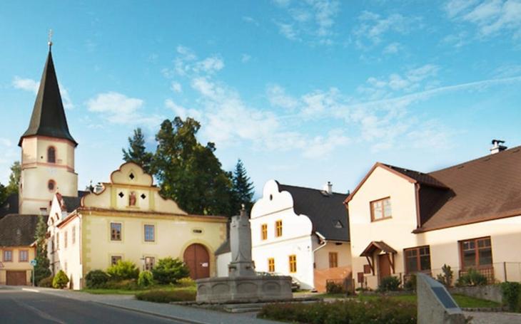 Starosty na Klatovsku trápí vylidňování obcí. Do jejich podpory kraj letos investuje 110 milionů korun