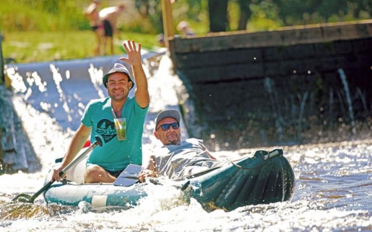 Servis pro vodáky se rozšiřuje. Na Vltavě je letos opět přivítají originální vratné kelímky