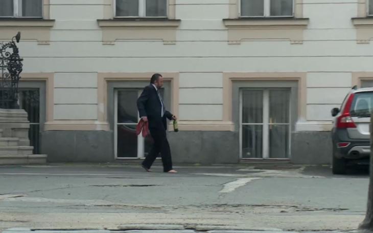 Pi*us, vole. Tak z toho se ožral i Tonda Blaník. Česká vládní krize je pěkný fičák. Co můžeme čekat?