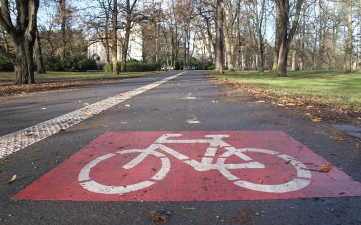 Kraj i letos podpoří výstavbu cyklostezek. Se žádostmi o dotaci uspěli všichni zájemci – devět měst a obcí