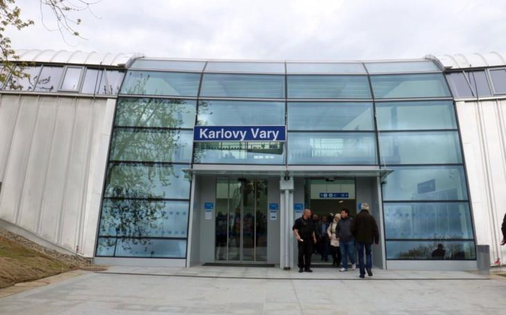 Na výstavbu výpravní budovy naváže proměna nástupišť. Karlovy Vary tak dostanou stanici, která bude odpovídat představám o moderní české železnici