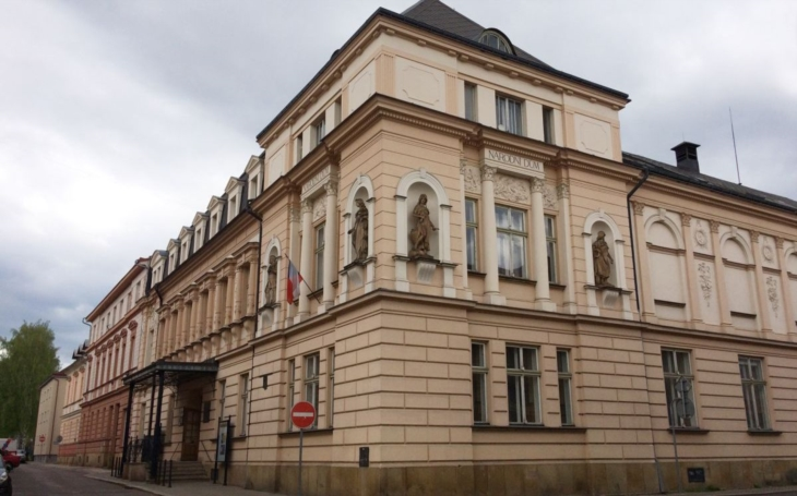 Trutnov i letos investuje do opravy památek. Dojde například na Haasův palác, galerii či Národní dům