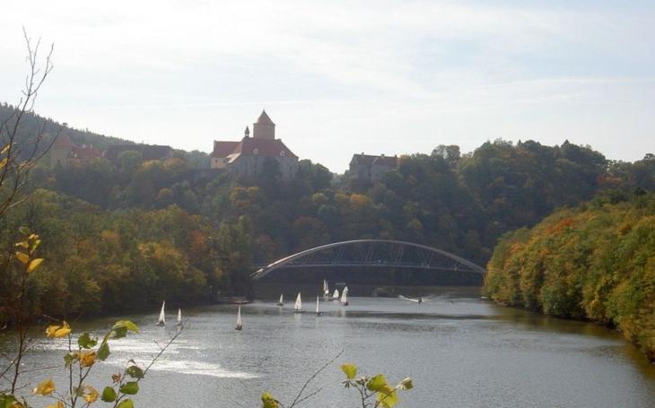 Ústavní soud zrušil vyhlášku města Brna. Na přehradu budete moci vyplout i na lodi a malým motorem