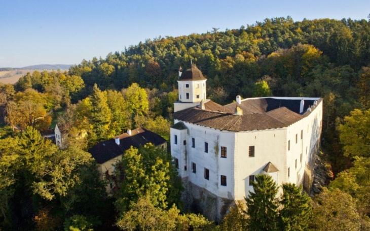 Práce na statickém zajištění hradu Malenovice začnou v srpnu, hotovo mám být v únoru 2018
