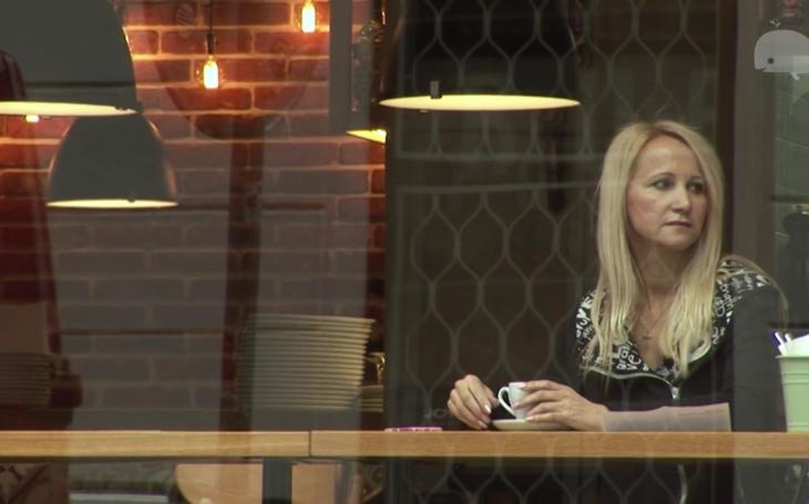 To nebyla žádná kantýna, ale nóbl restaurace, zlobí se Šárka Grossová. Dva roky od smrti Standy dala velký rozhovor; jak se seznámili, jak to chodilo u nich doma i...
