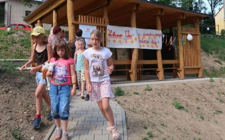 Děti z Vendolí se při výuce přiblíží přírodě. Nová venkovní učebna poslouží i pro hry v družině a při akcích pro veřejnost