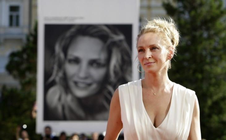 """Tajemství Umy Thurman. Kdo je """"rodinný přítel""""? Podle Hřebejka tajný milenec. A Festivalový deník o tom, jak se Tarantino pokusil zabít svou múzu"""