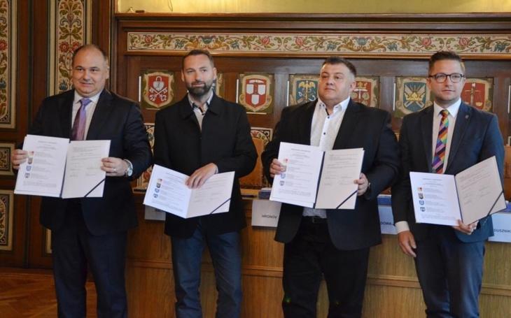 Na obou stranách česko-polské hranice spojují partnery společné projekty a dlouholeté přátelství a spolupráce. Náchod tak může díky dalšímu projektu oživit lázně