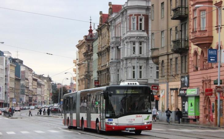 Do čtyřpatrového domu se vejde přes 3 700 firem. Virtuální sídla jsou stále oblíbenější, v Brně sídlí nejvíc firem na Lidické