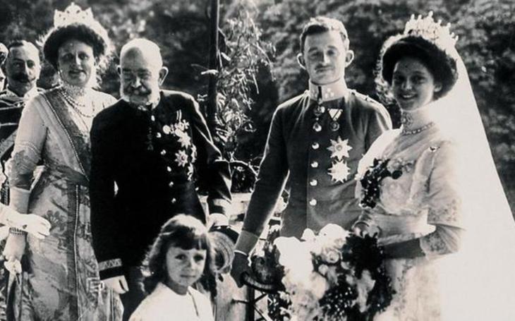 Věrnost až za hrob. Dojemný příběh poslední české královny, která byla sedmašedesát let vdovou a oblékala si pouze černé šaty