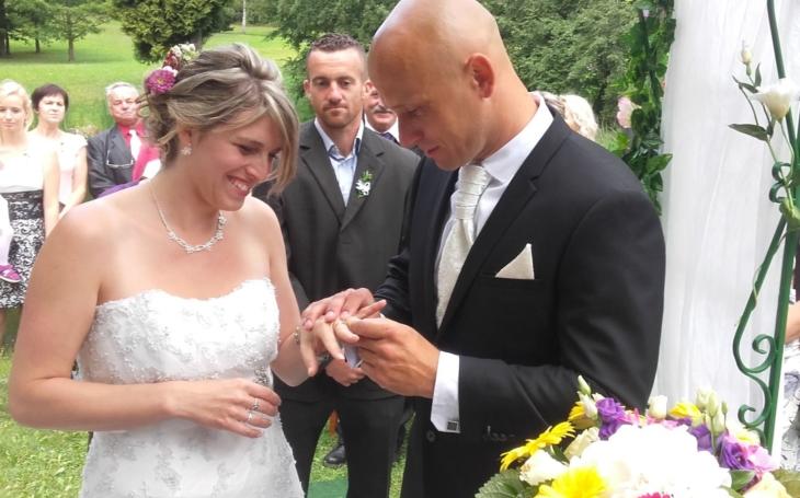 Proti gustu... V Jaderné elektrárně Temelín vrcholí svatební sezóna. Počet svateb, které se konají v areálu jihočeské jaderné elektrárny, se blíží stovce
