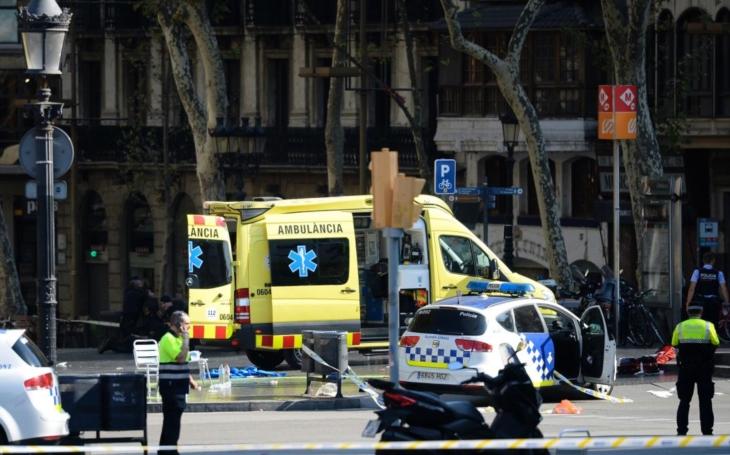 Terorističtí bastardi v Barceloně. Už si zvykáme, že islamistické útoky se staly součástí našich životů. V čem se mýlí senátor, když chce islamisty poslat domů? Je to horší