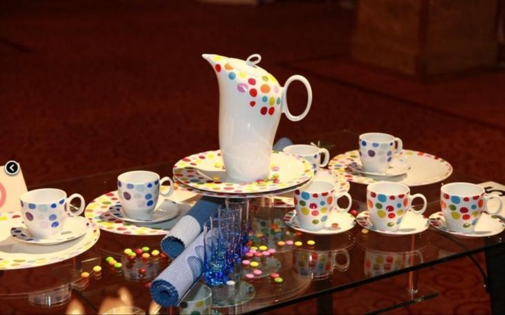 Jubilejní dvacátý ročník Podzimních porcelánových slavností se uskuteční začátkem září. Chybět nebude ani školička pro děti