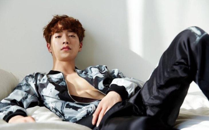 Korejská herecká megastar, jejíž specialitou jsou mimochodem líbací scény, bude točit ve Varech. Objeví se v novém seriálu Are You Human Too