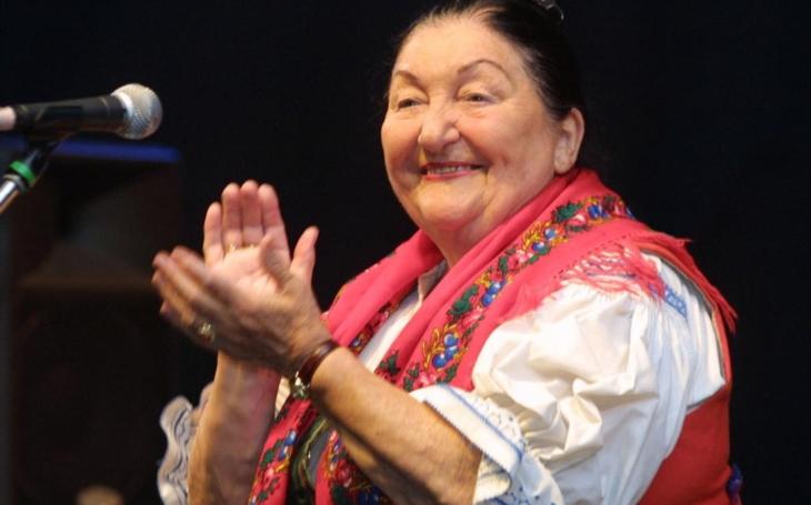 Královnu lidových písní Jarmilu Šulákovou ve Vsetíně navrhli na státní vyznamenání. Tento víkend bude patřit právě jí