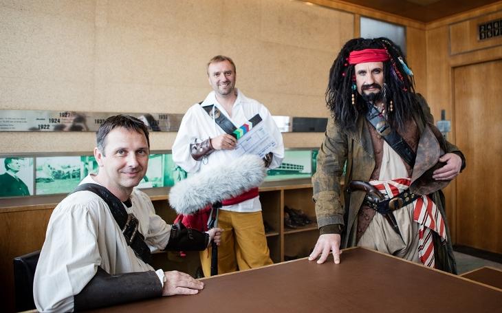 Hejtman Čunek coby Jack Sparrow... Vznikne ve Zlíně český Hollywood? Deset milionů jde na podporu audiovizuálního průmyslu