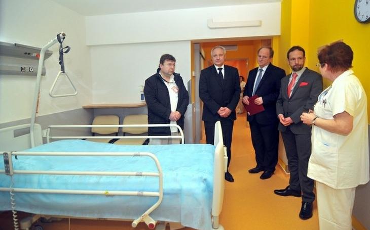 Nemocnice v Ostravě byla v katastrofálním stavu, všechno nám padalo na hlavu. Zato ta radost lékařů i pacientů po rekonstrukci