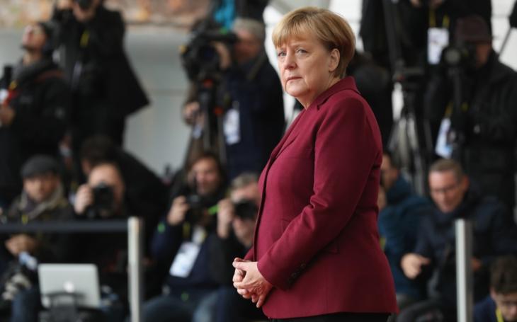 """Výsledek """"korektní"""" politiky Angely Merkelové: Většina Němců ji už nechce, ztrácí i koaliční partnery. A triumf pravice v Sasku"""