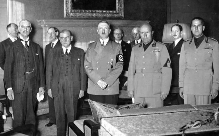 Měli jsme výročí Mnichovské zrady. Všiml si někdo? V médiích ani zmínka. Pondělní komentář Štěpána Chába