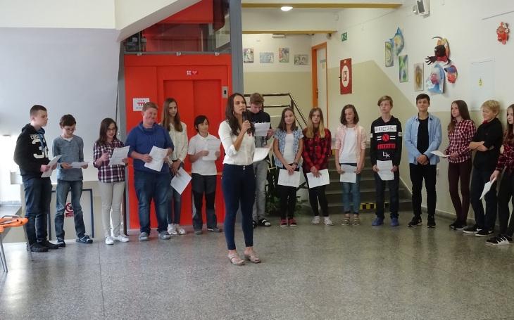 Pohyb hendikepovaných studentů se v dačické škole vyřešil, pomohla Nadace ČEZ 400 tisíci korunami