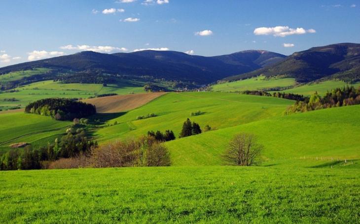 Spojíme Českou republiku s Polskem. Pardubický kraj modernizuje silnici z Králického Sněžníku za 67 milionů