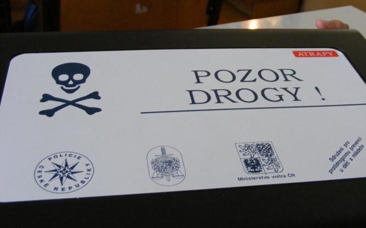 V Plzni chtějí zatočit s drogovou závislostí u mladých. Jejich program nastavuje velmi přísná pravidla