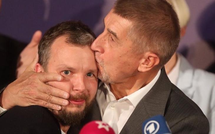 Zeman a Babiš jsou nejúspěšnější mezi prohnilými, tvrdí známý novinář. Má i návod, jak z hnoje ven
