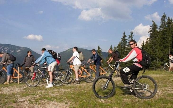 Na kolech jsme tento rok ujeli téměř 4 miliony kilometrů. Aplikace Stopař dává přesné údaje o turistice v ČR