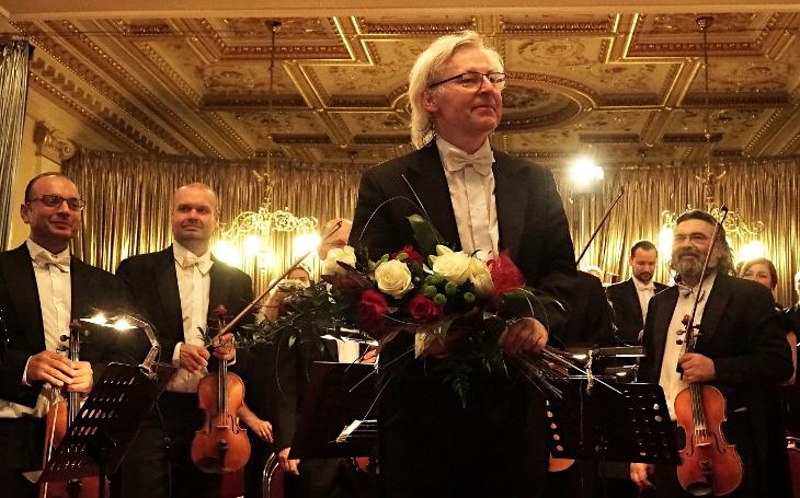 Má vlast je plná české historie, české krajiny i českých pocitů, popsal Smetanův opus nejslavnější světový dirigent současnosti