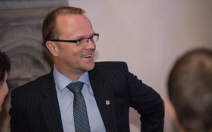 Pojem transparentnost se nemůže rovnat šikaně, řekl Netolický a vyrazil bojovat za změnu do parlamentu